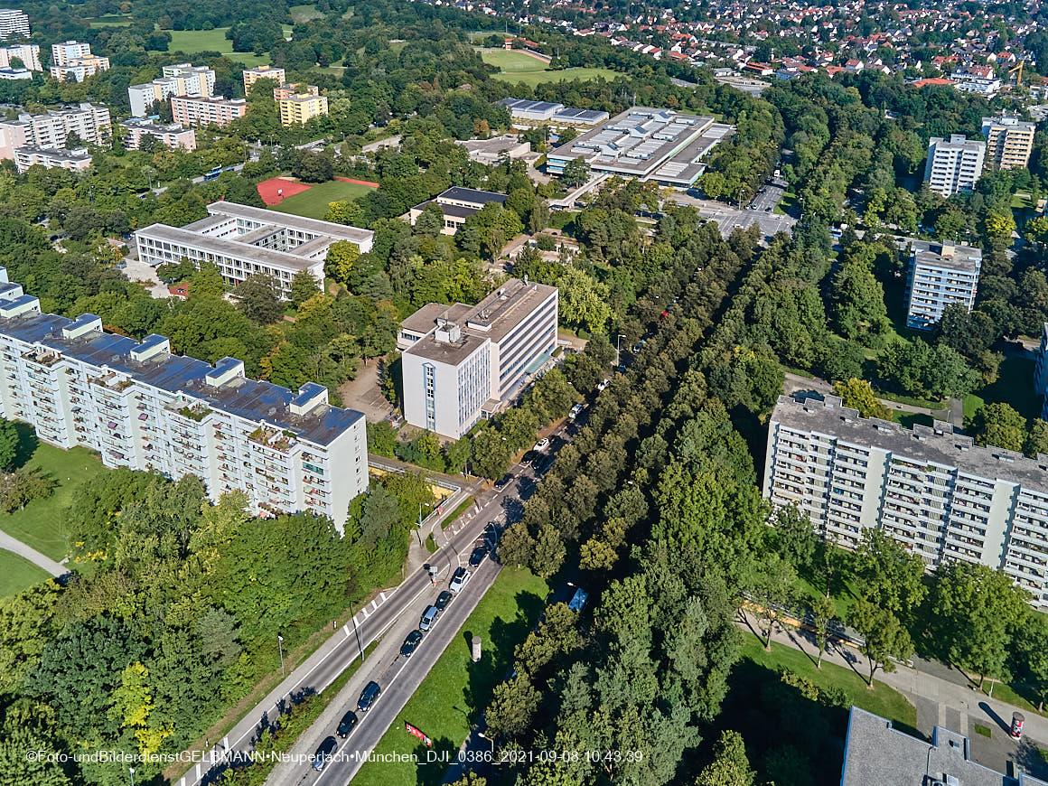 08.09.2021 - Alte und neue TRAM in Neuperlach