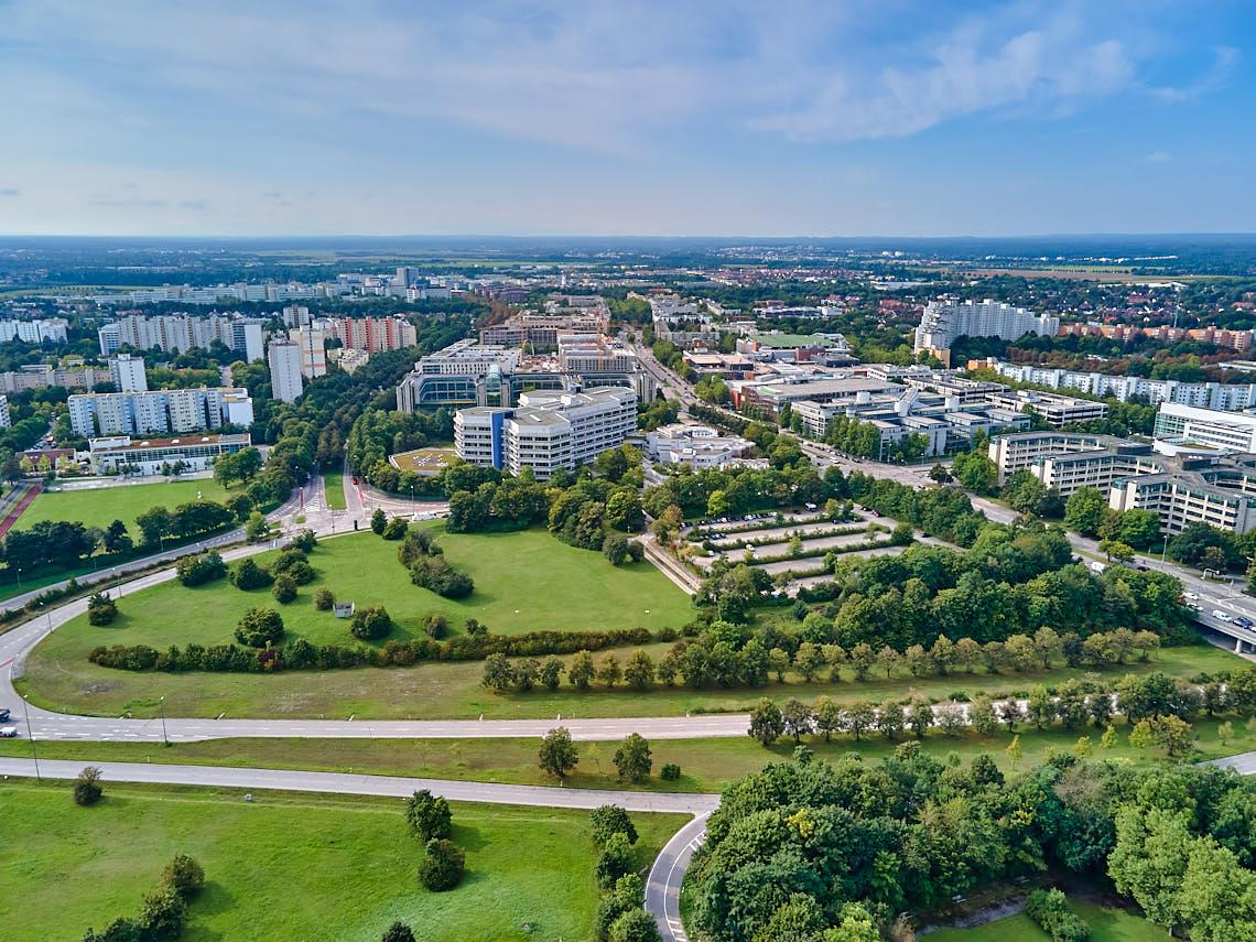 17.09.2021 - Luftbilder von der Ständlerstraße und der Deutschen Rentenversicherung