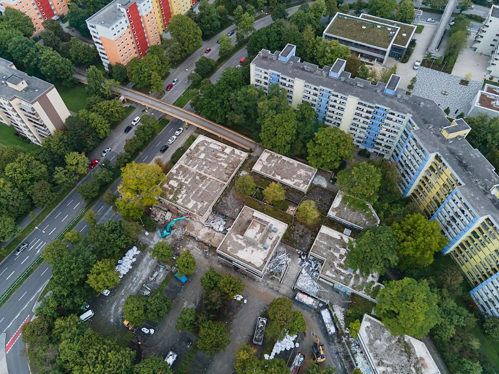 Luftbilder Quiddezentrum - Der Abriss in Neuperlach